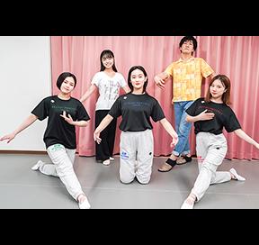 ら ダンス ふく p